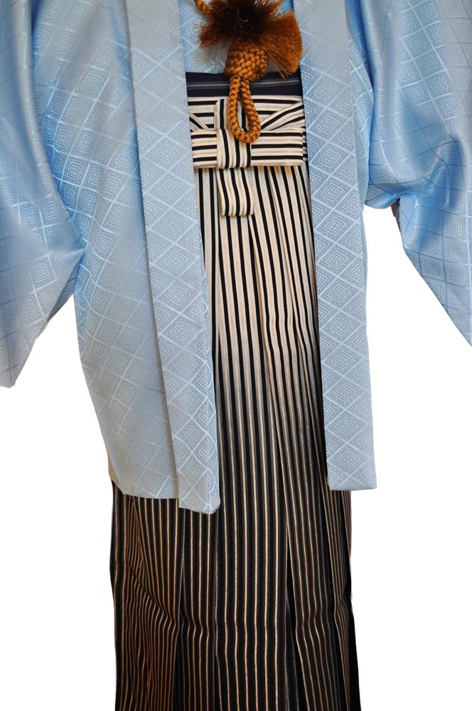 レンタル男性用【紋付袴】水色着物羽織と黒銀ぼかしの袴フルセットblue1[往復送料無料] - 画像4