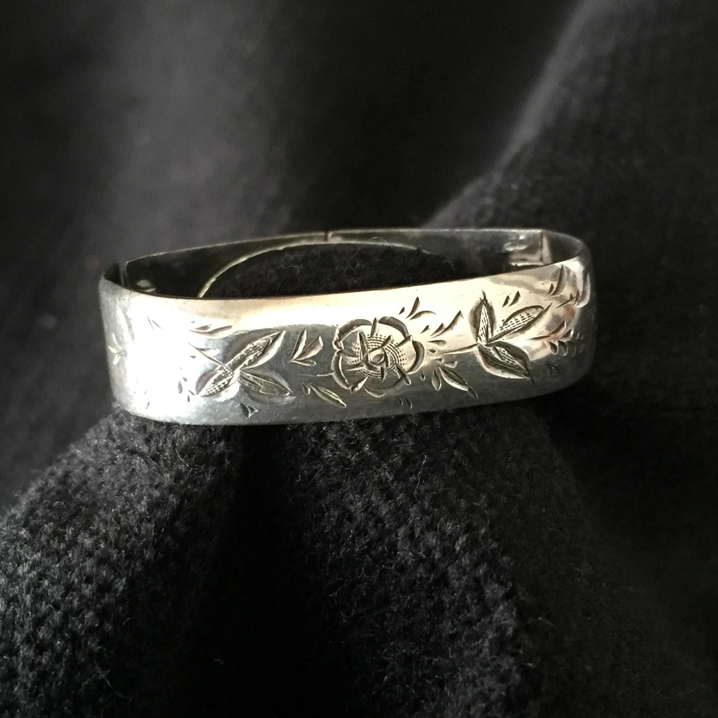 Antique silver scarf ring