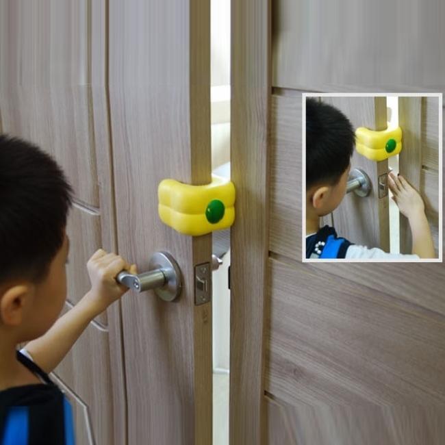 ドアクッション・パプリカ【3兄弟】 子供 ・ ペットの安全 耐久性 が高く 長持ち するウレタン素材 快適 ・ 便利 なドアストッパー