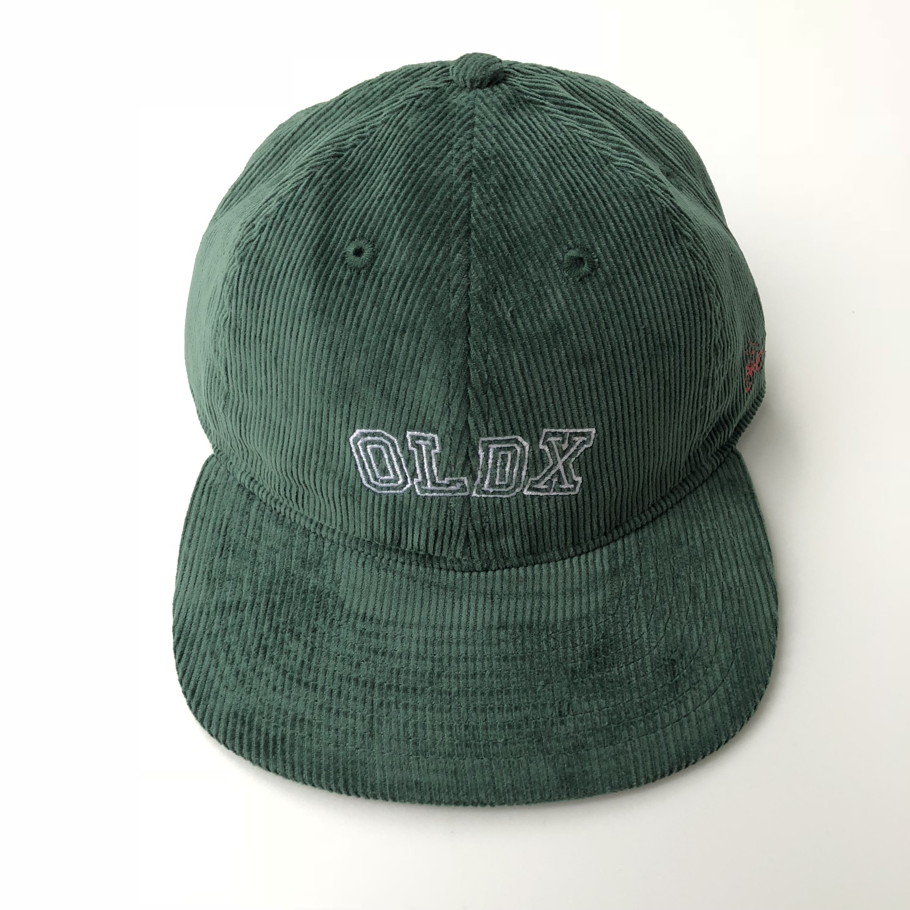 Life goes on corduroy cap GREEN