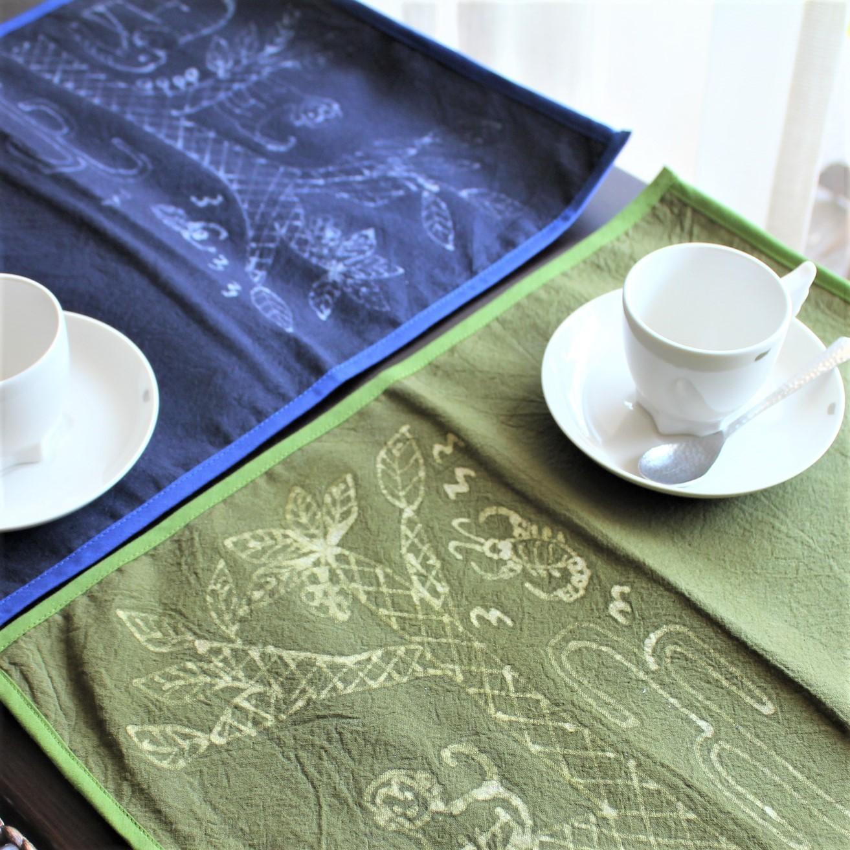 モン族 バティック テーブルマット アニマル柄 【フェアトレード商品】