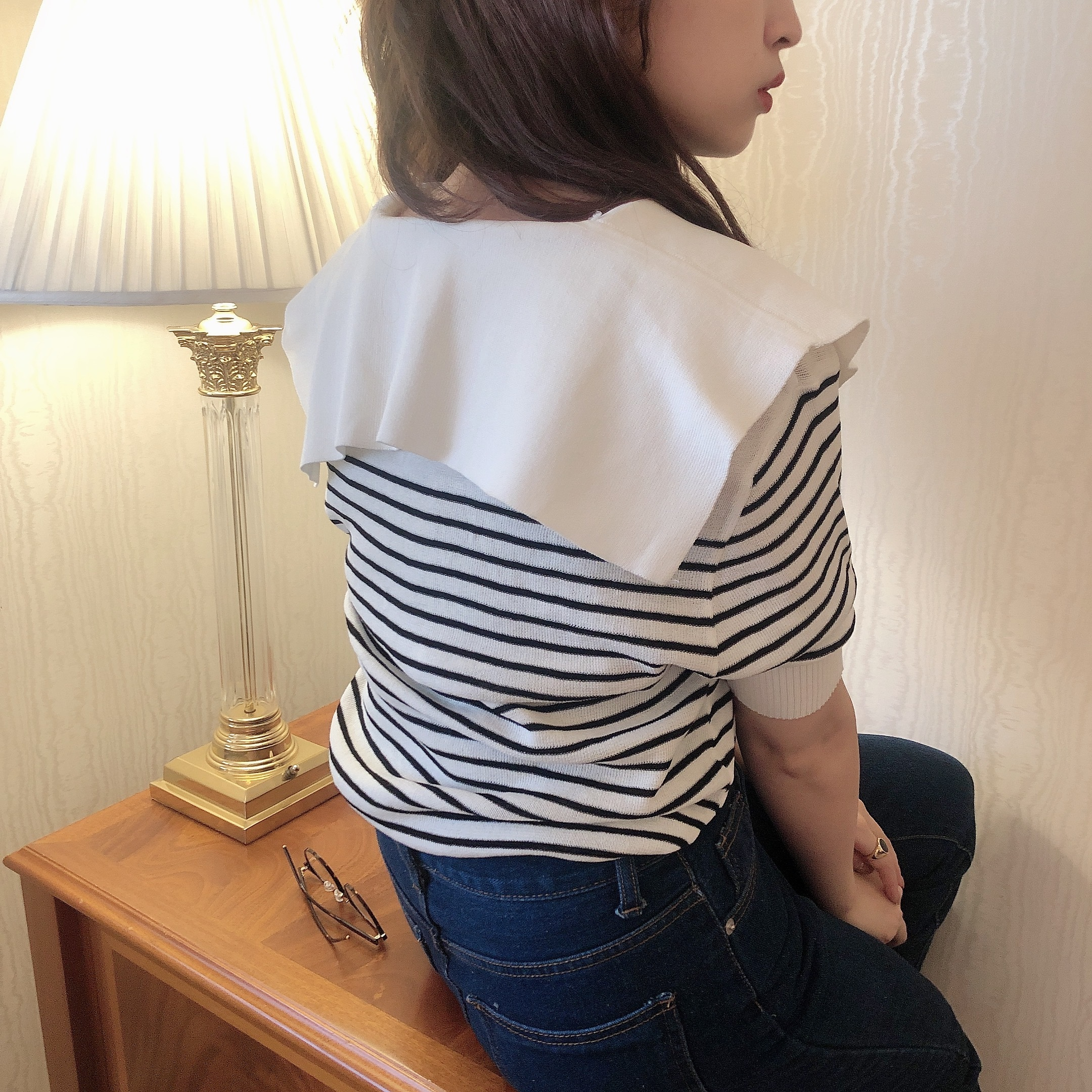 big collar border knit tops