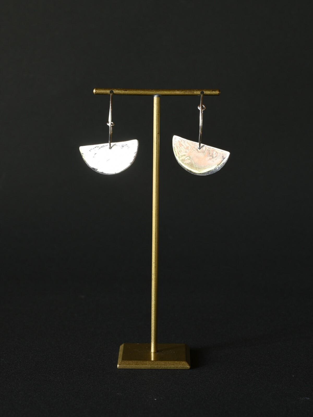 accessories mau|p68 半円フープピアス silver
