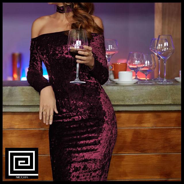 チョーカーベルベットドレス