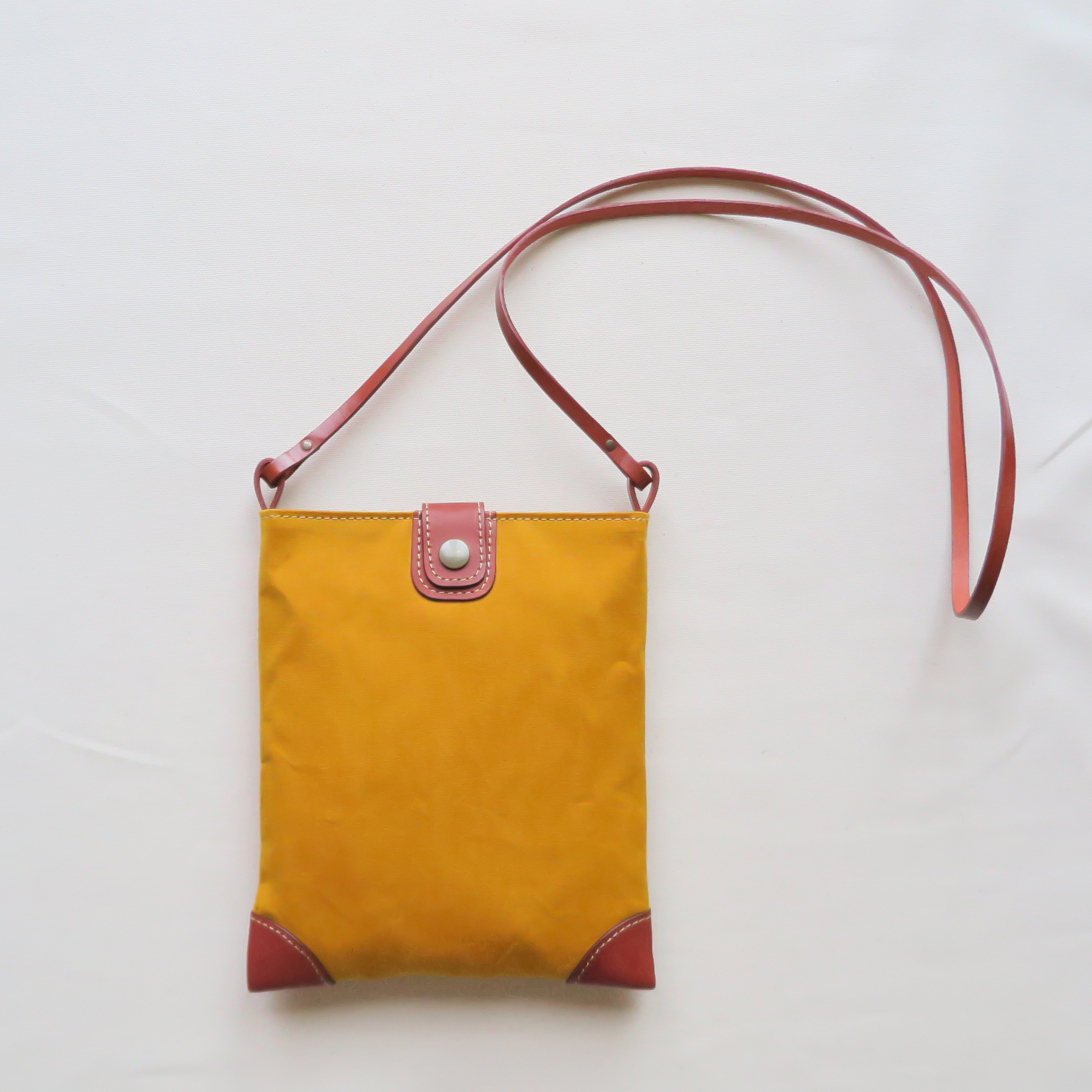 Paraffin canvas middle pochette MUSTARD