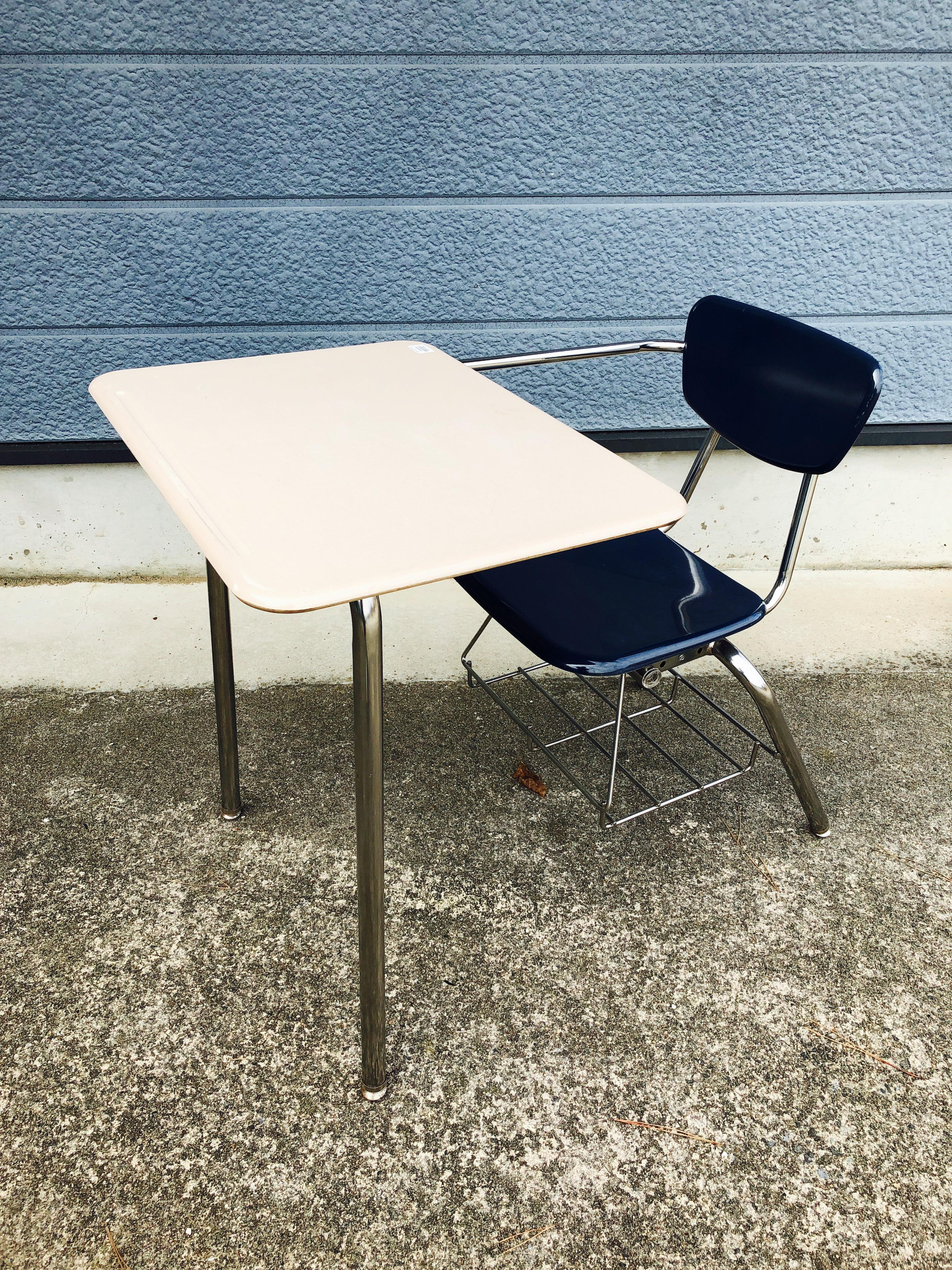 品番0383 スクールデスク School Desk 机 椅子 インテリア