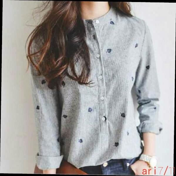 c[U2]★大人可愛いシャツスタイル★丸襟リーフ柄 シャツ ブラウス