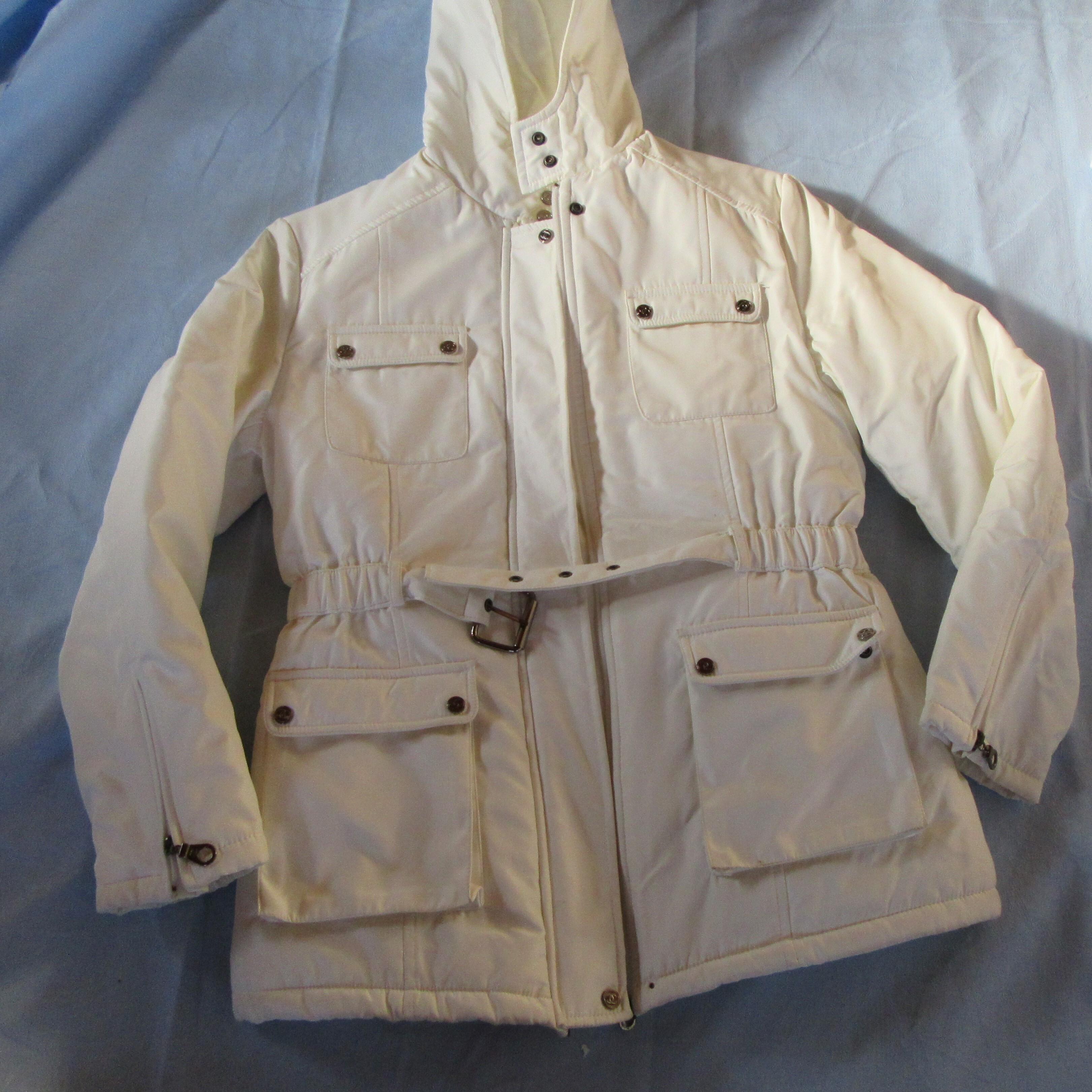 ジャケット 白 フード付き 中古 Mサイズ