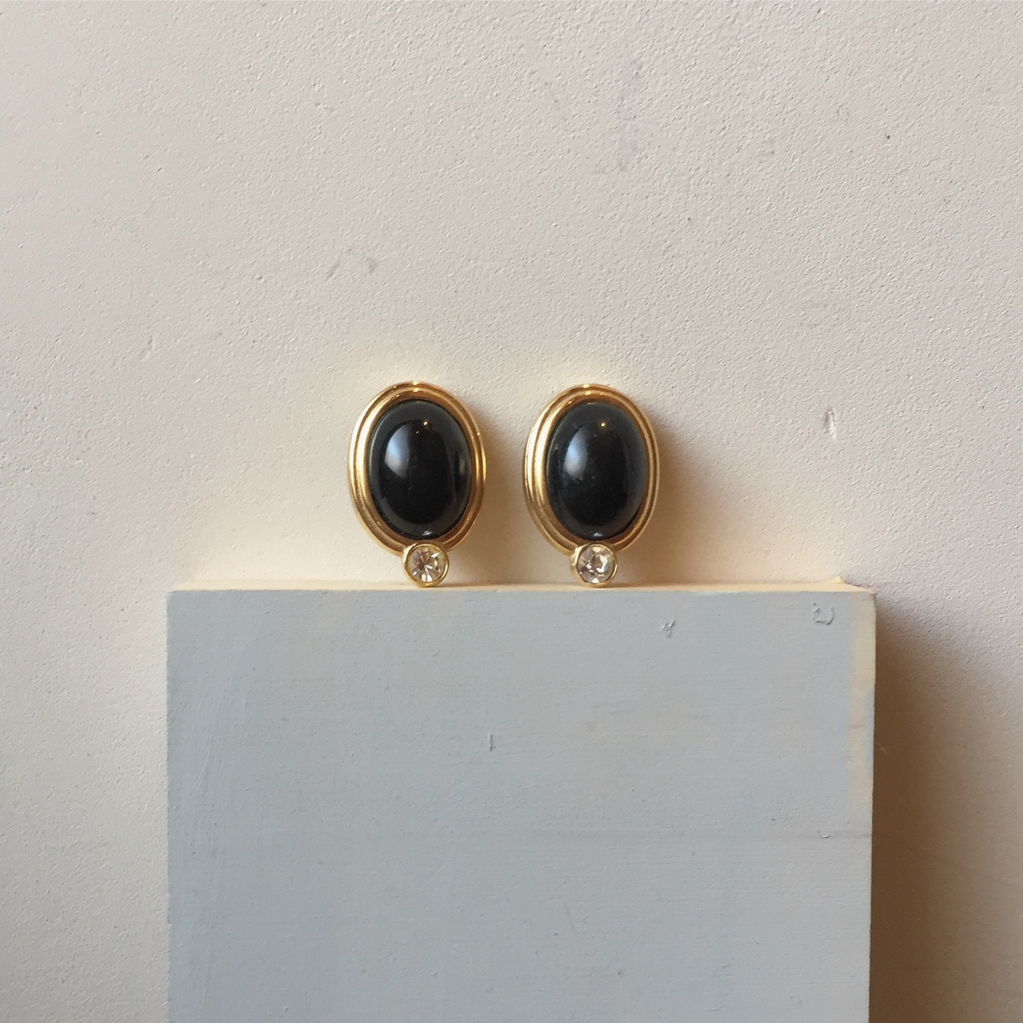 vintage GIVENCHY earing
