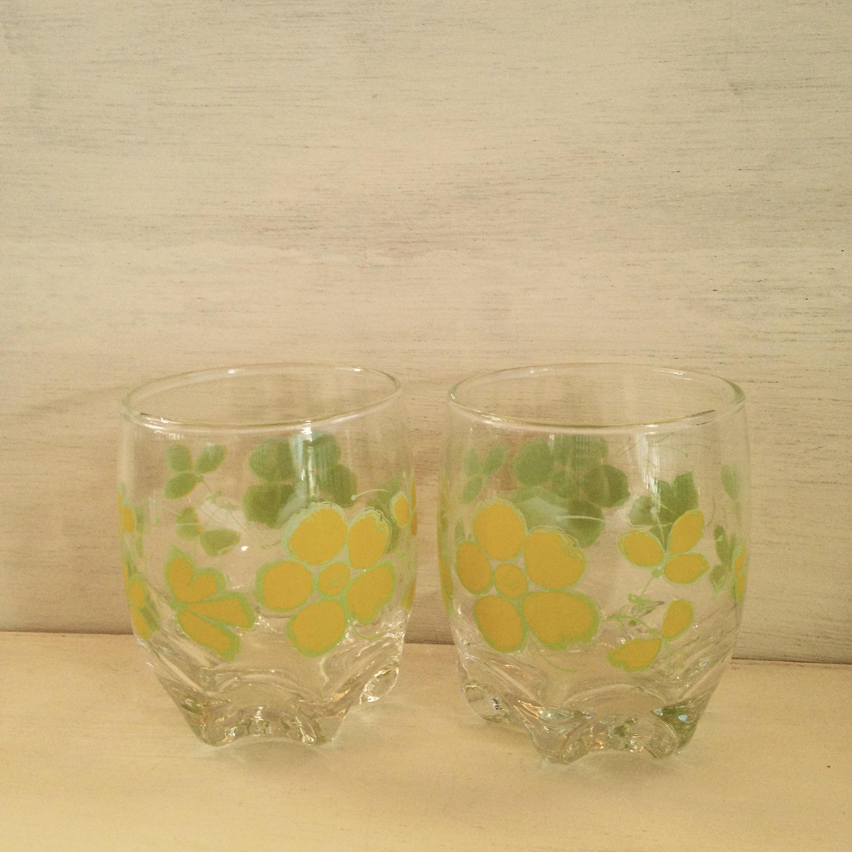 黄色の花のグラス 2個セット(ササキガラス製) 昭和レトロ