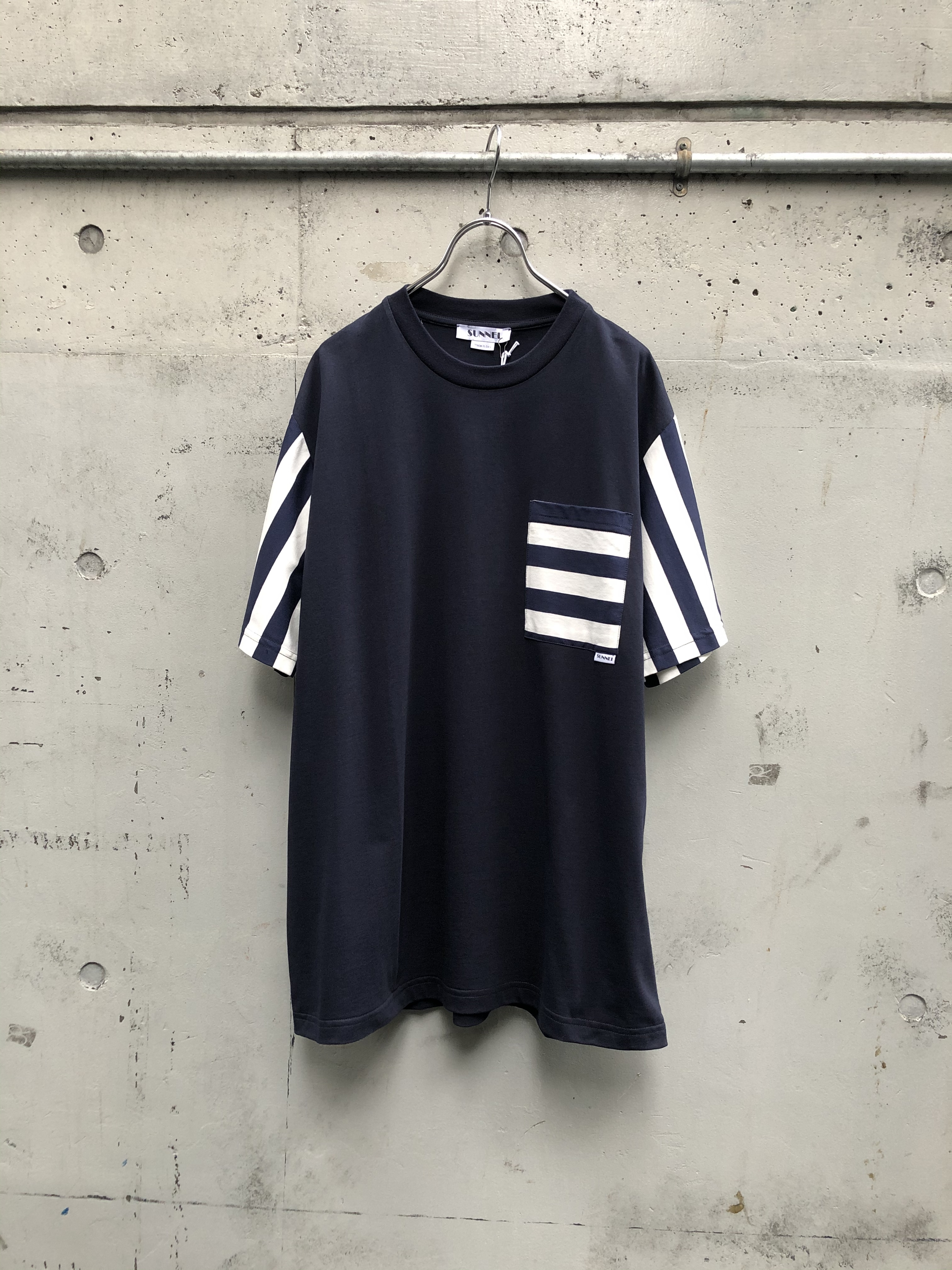 『SUNNEI』STRIPED SLEEVE WITH POCKET T-SHIRT