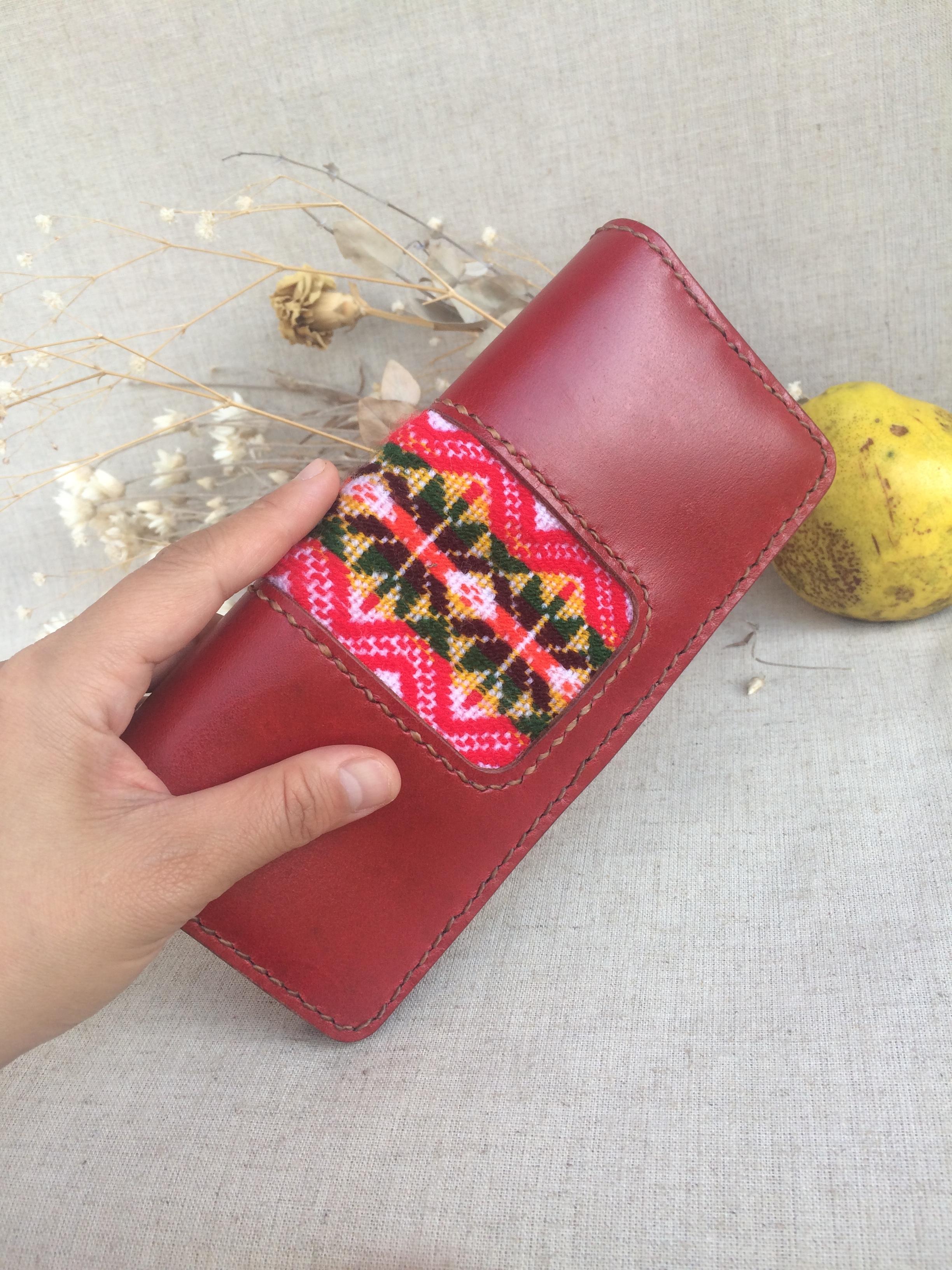 f5634b35f600 長財布◇こっくり ワインレッド グァテマラ織り 赤 本革 財布 レディース シンプル設計.  ※こちらの作品は受注生産となっておりますので製作に1〜2週間ほど頂いており ...