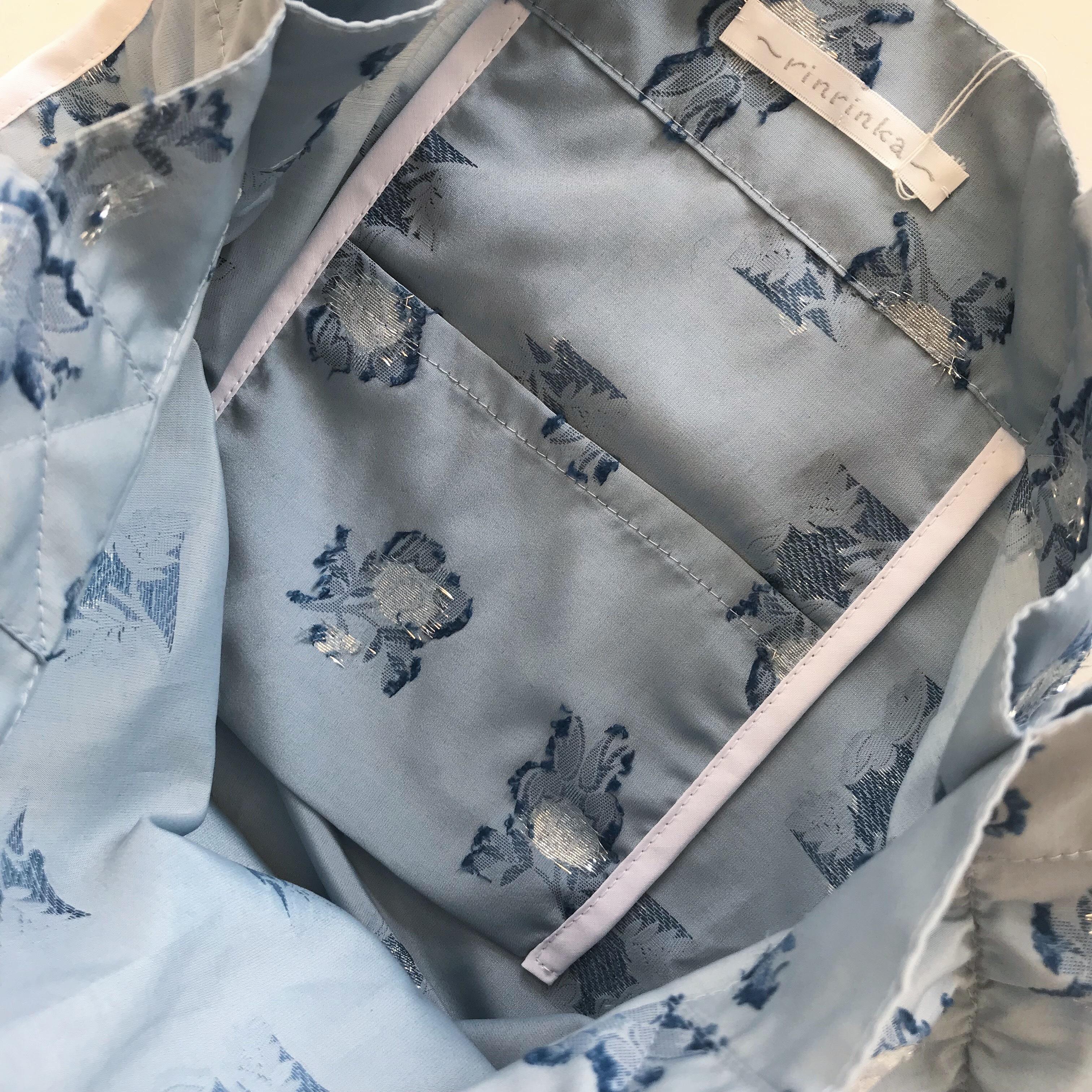 Shirring tate bag 〈blue flower×white〉