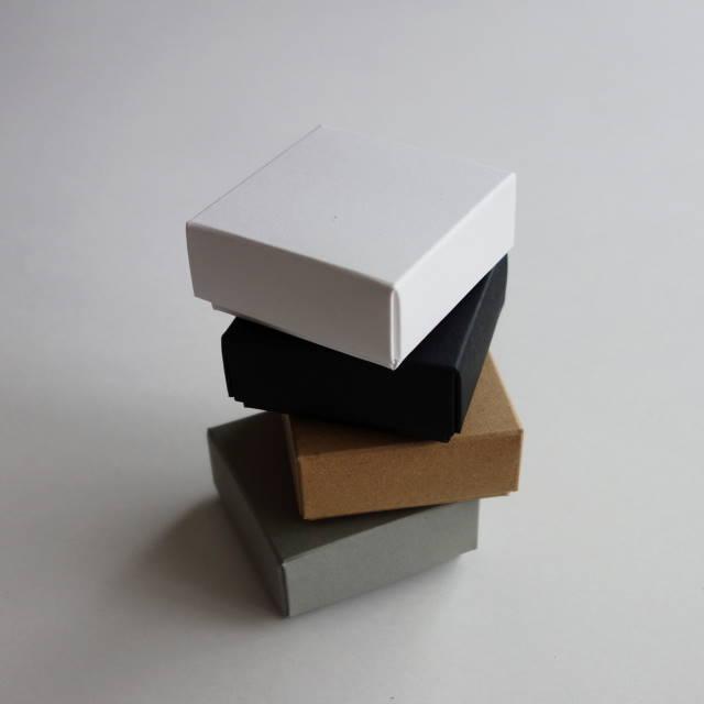 アクセサリー用箱 フタと身箱式 3セット入 選べる4色 台紙付