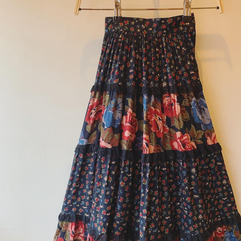 vintage flower design viscose skirt