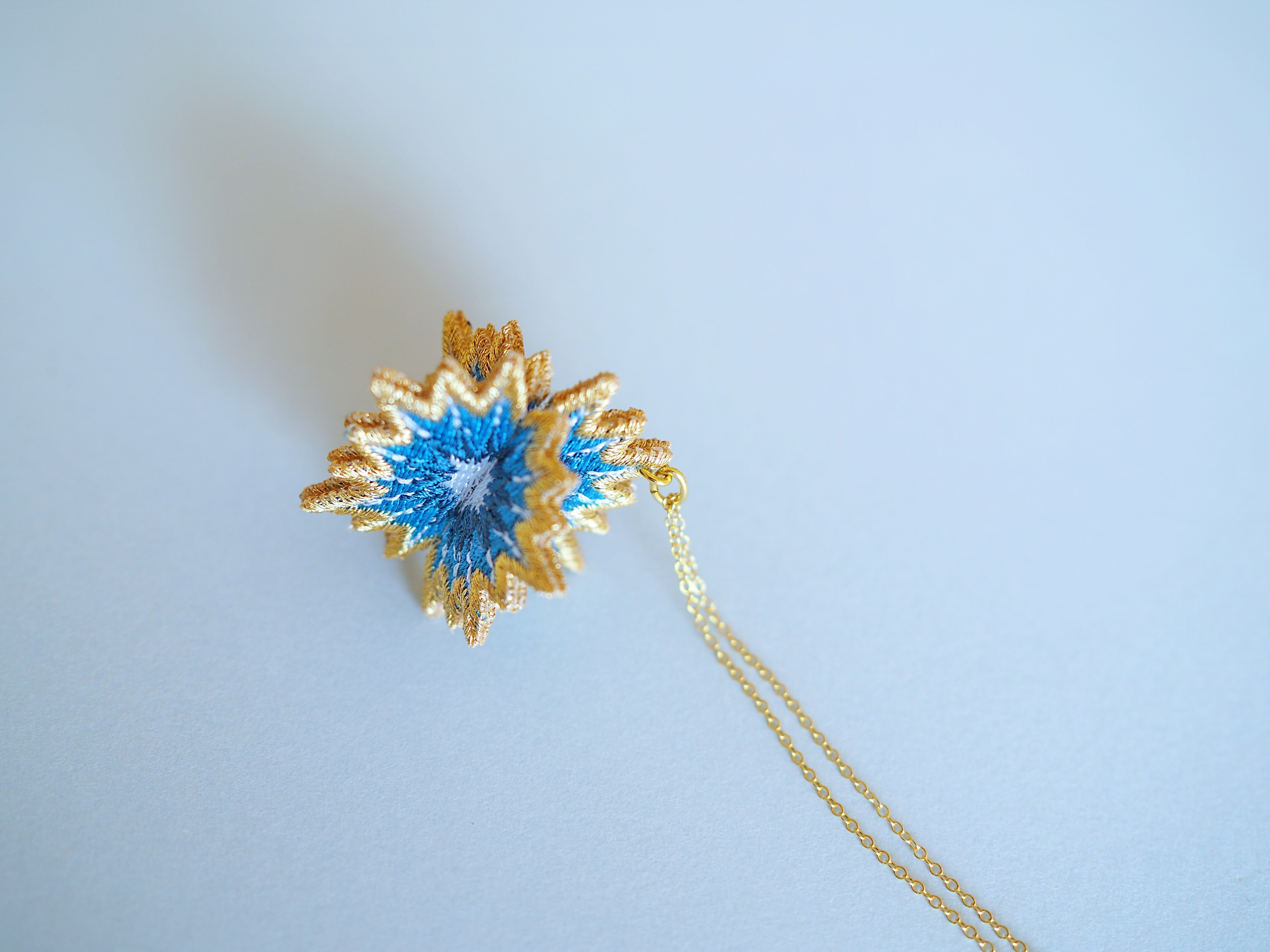 ARRO / Embroidery Necklace / SPUTNIK / turquoise