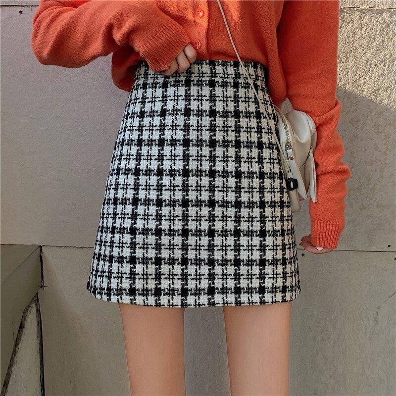 チェックブラウンスカート