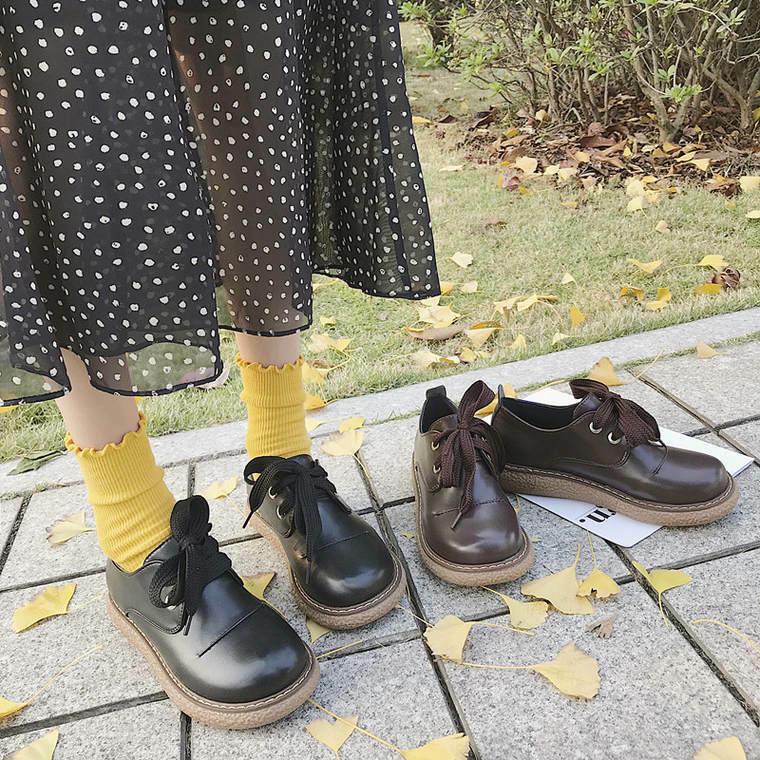 【送料無料】 丸みシルエットがかわいい♡ レトロ スティッチ シューズ ローヒール 靴 レースアップ 丸トゥ