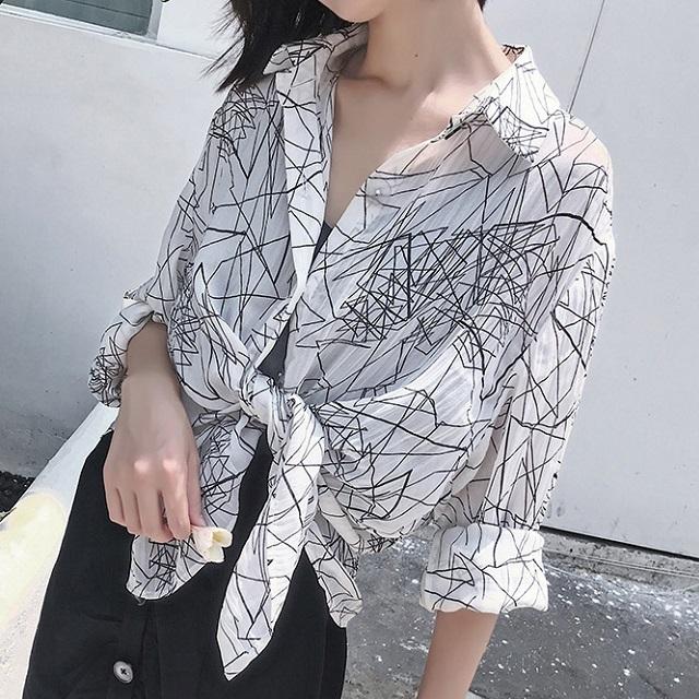 売れ筋☆おすすめ☆ シャツ ブラウス カットソー カジュアル レトロ ボタン付き 透け感