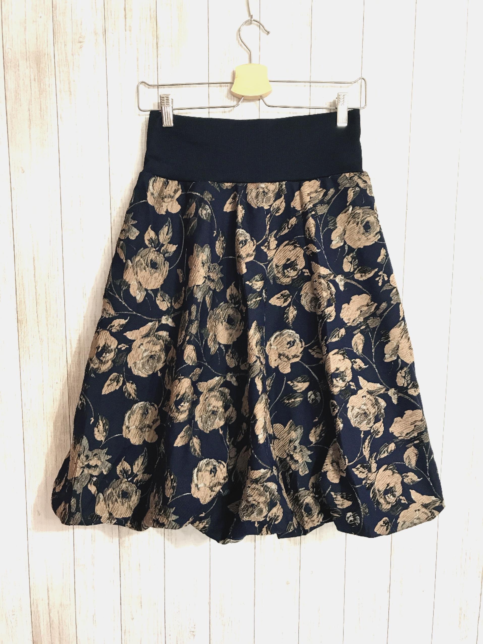 お花柄ゴージャスバルーンスカート ネイビー