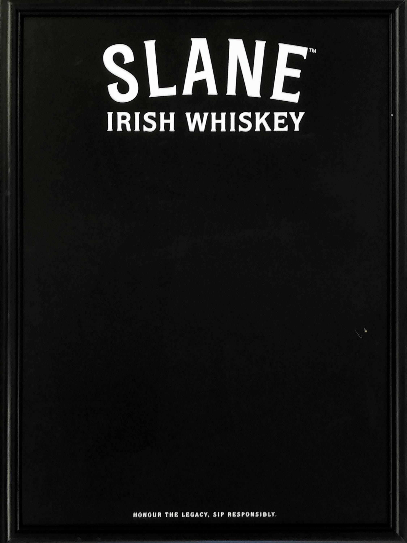 品番0552 サインボード 『SLANE IRISH WHISKEY(スレイン アイリッシュウイスキー)』 壁掛 ブラック 看板 アメリカン雑貨