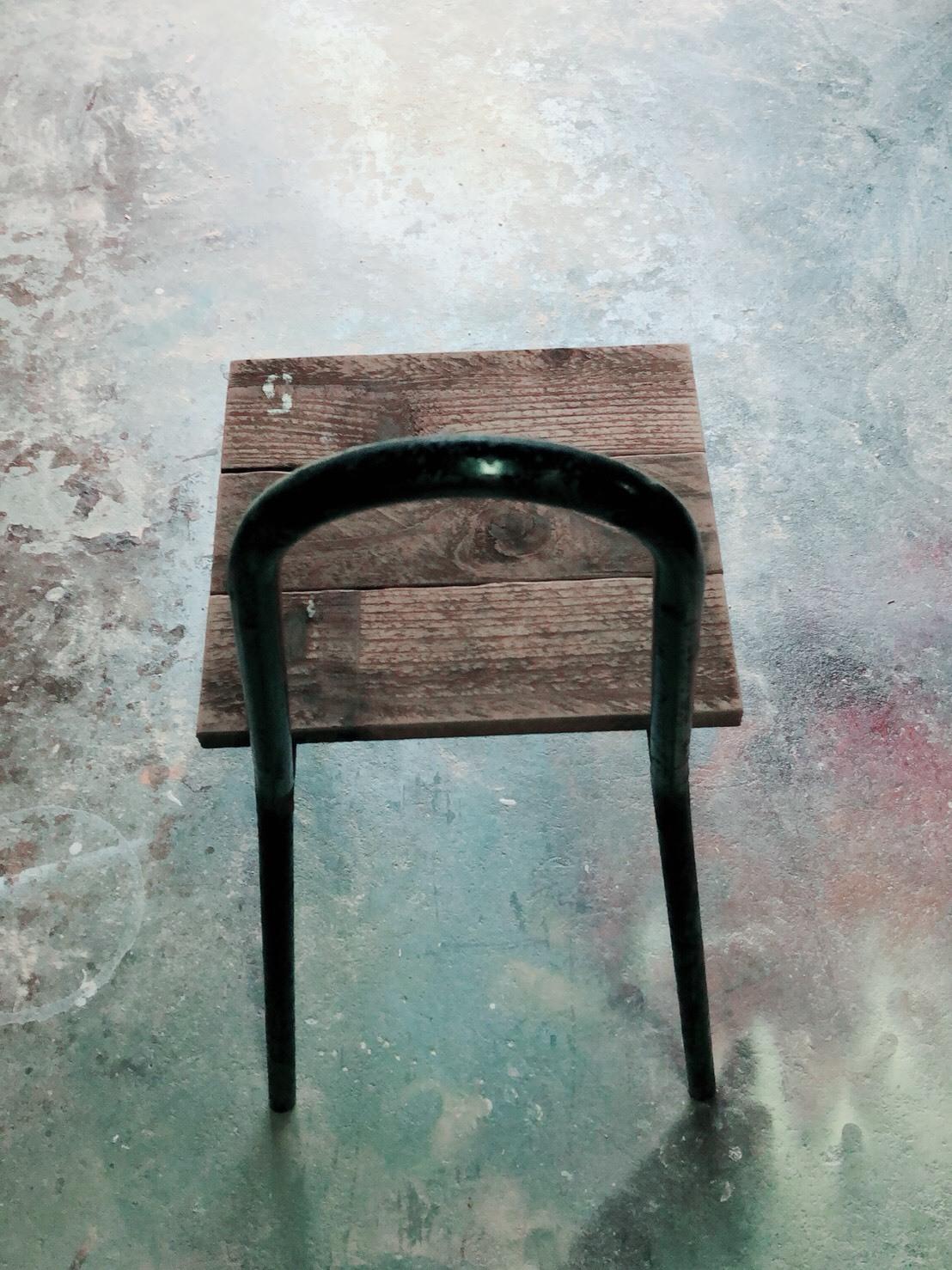 5番 リメイク椅子