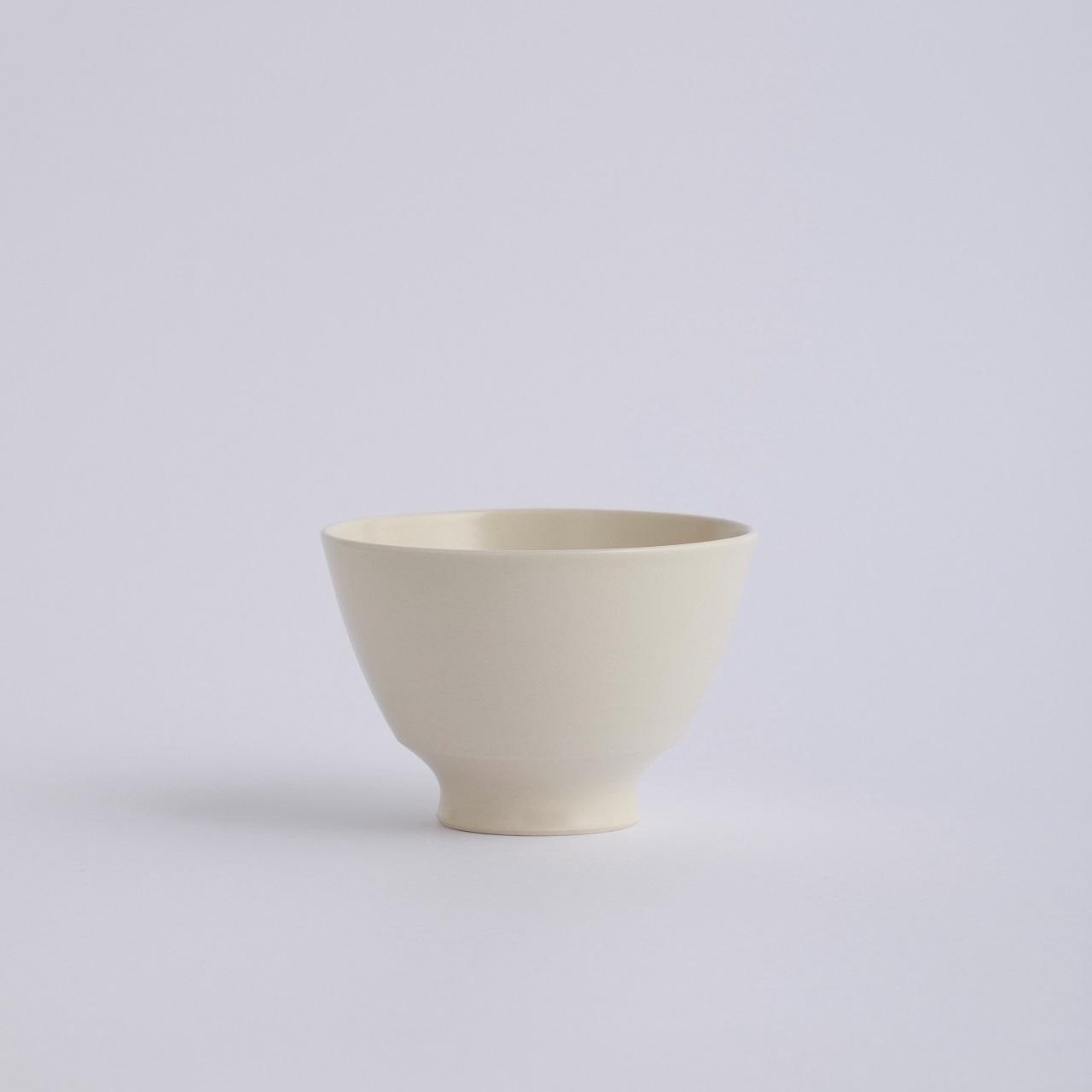 Une / Bowl M