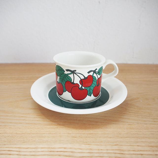 【フィンランド】 ARABIA アラビア Kirsikka(キルシッカ) コーヒー カップ&ソーサー