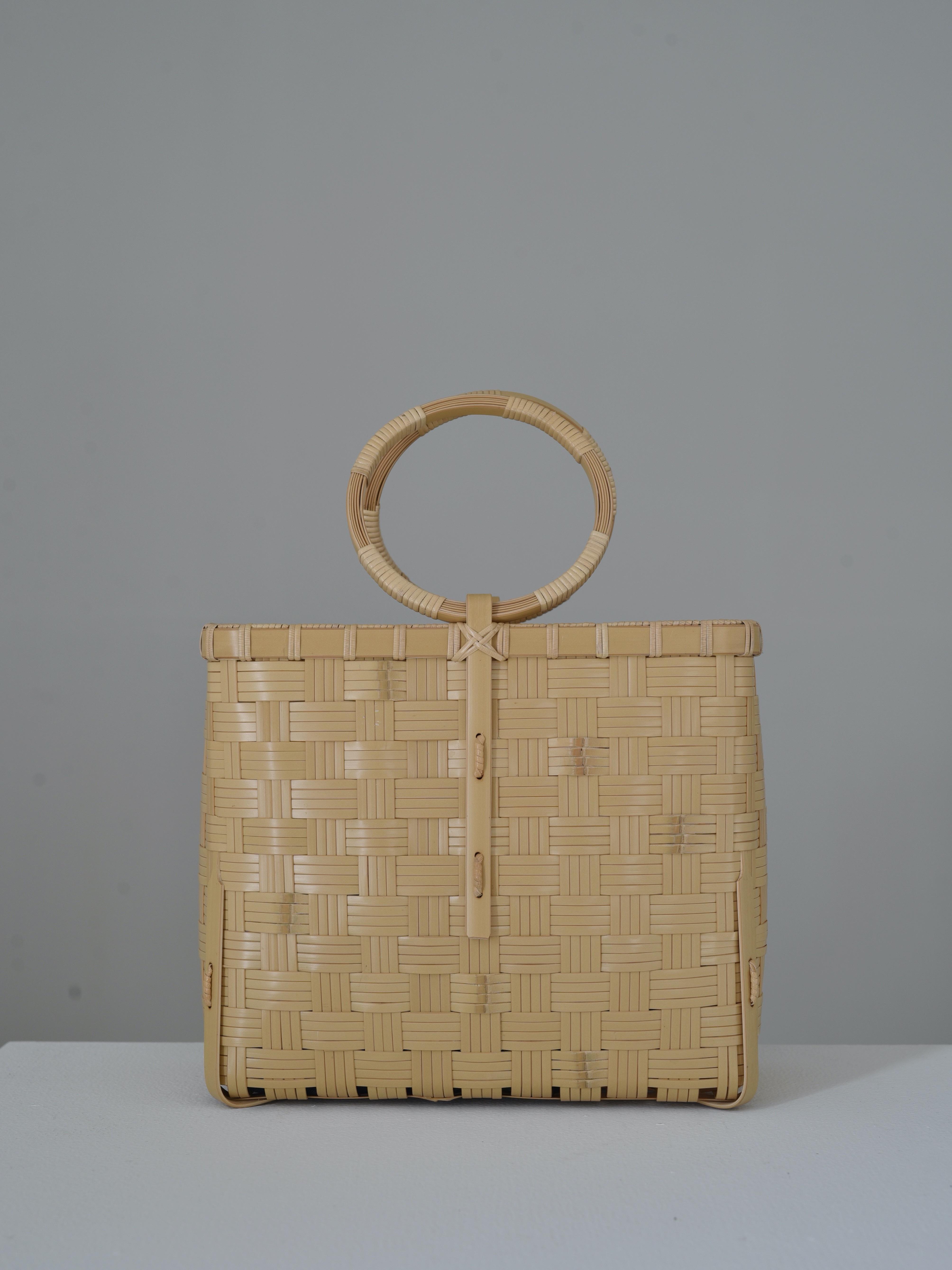 吉田佳道 checkers bag wh