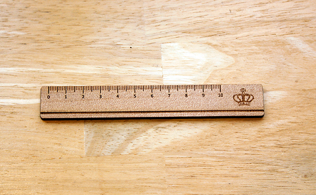 scale / ものさし手鏡(こっそりシリーズ)のイメージ画像
