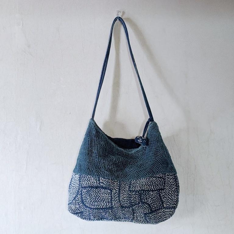 チェンマイ ヤオ族が作る手編みと刺し子の藍染めショルダーバッグ③