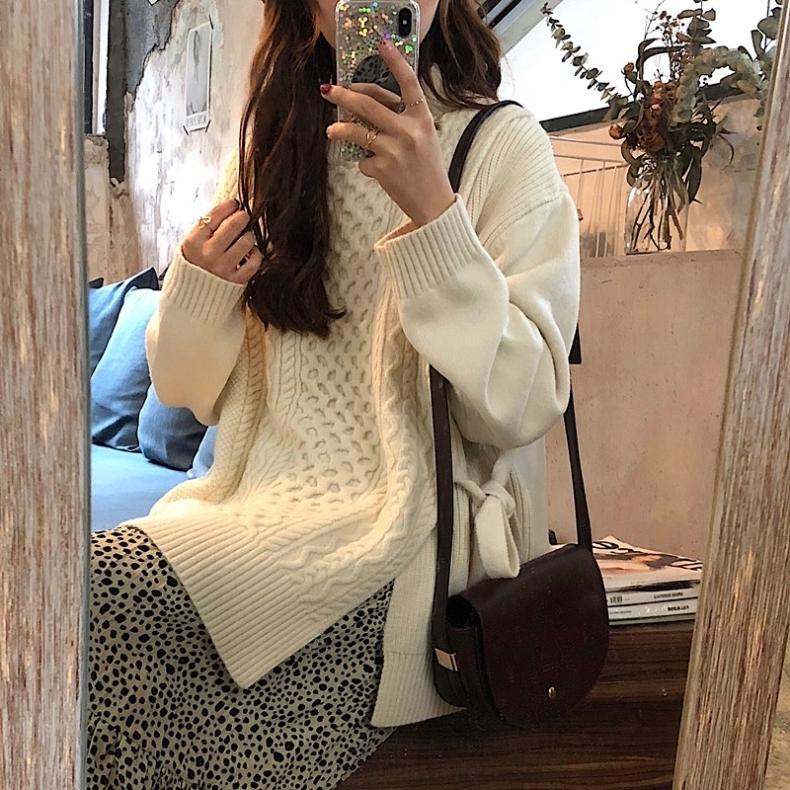 〈カフェシリーズ〉サイドスリットツイストセーター【side slit twist sweater】