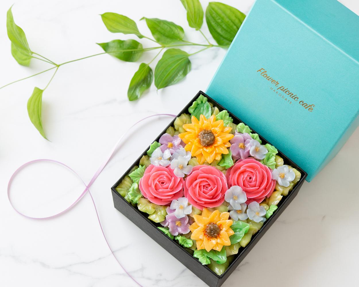 『夏ギフト2021』【Summer Jewel】食べられるお花のボックスフラワーケーキ