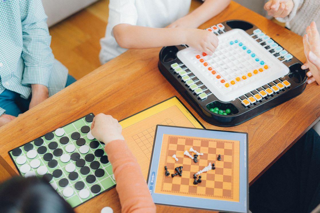 パズルとゲームの専門店<br> 『HANAYAMA  OFFICIAL  STORE』
