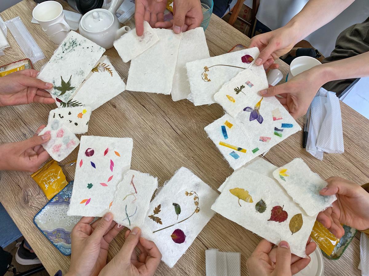 あなたも本格的な手すき和紙を一から作ってみませんか。