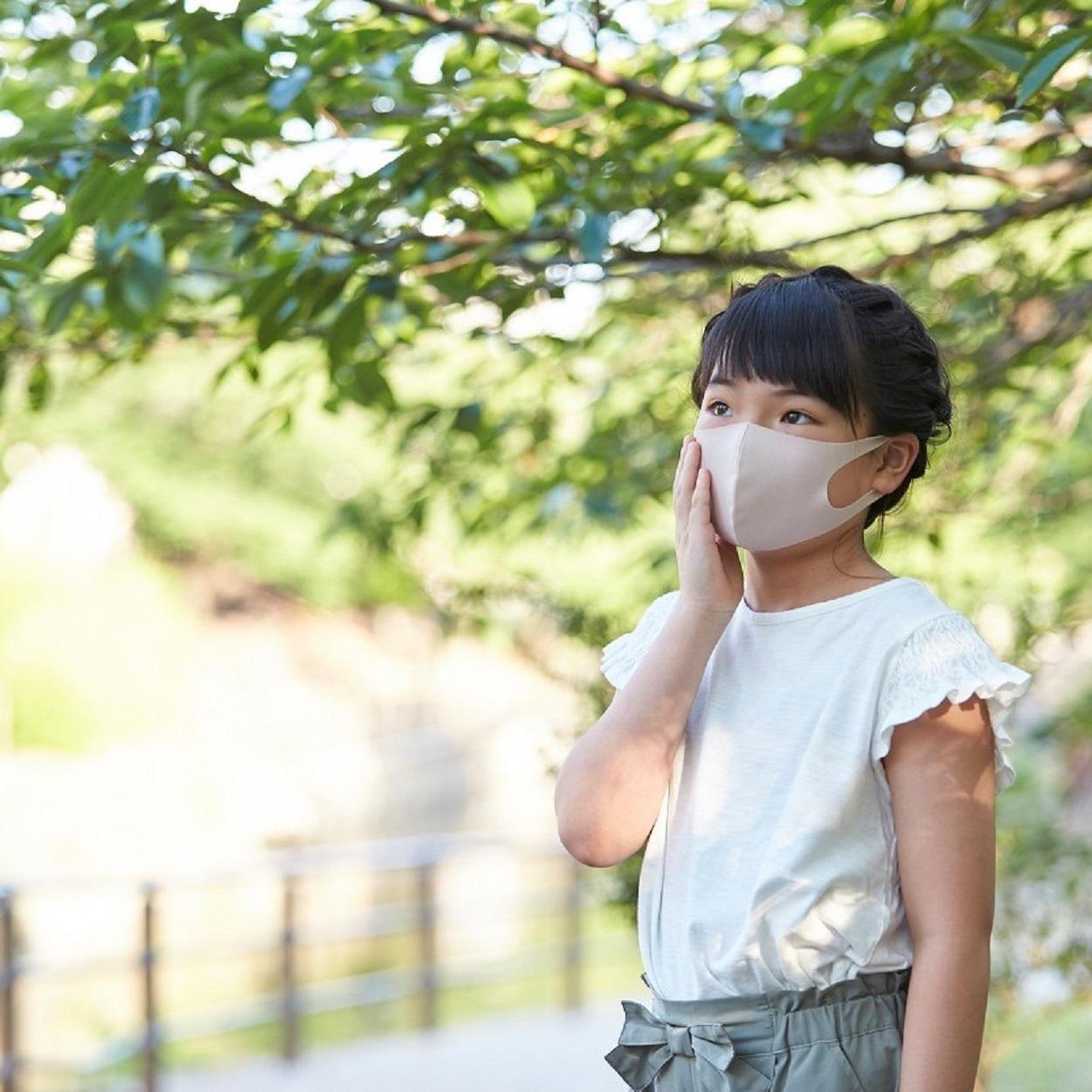 夏に快適「さら」マスク 花粉ガード・抗菌防臭・接触冷感・吸汗速乾・UVカット