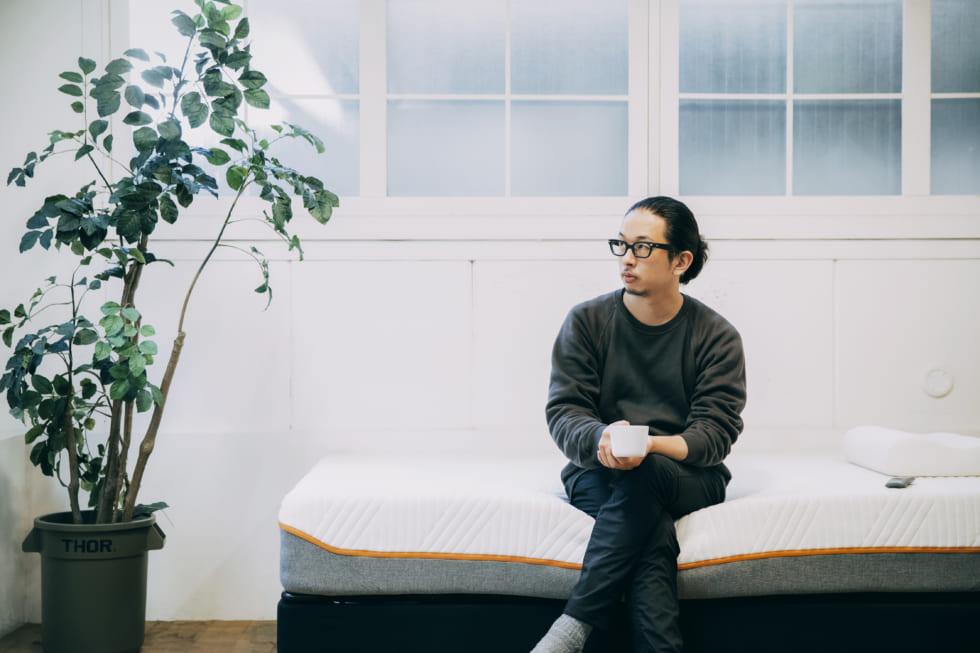 写真家・佐藤健寿さんが語る、旅先での睡眠の重要性
