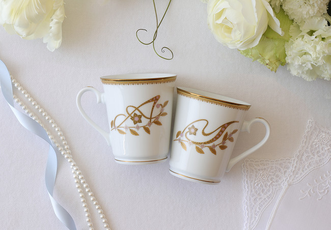 STORY OF TABLE WARE