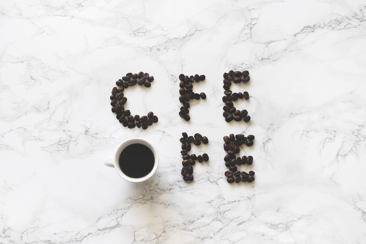 コーヒー豆のカフェインはどうやって抜くの?除去方法を4種類紹介