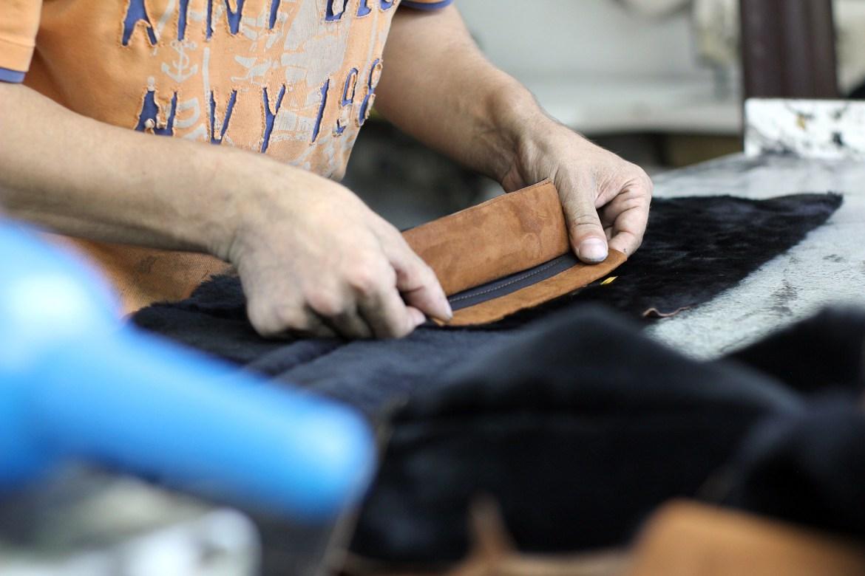 フィレンツェのおすすめメンズバッグ ベジタブルタンニンレザー、お手入れの仕方と取り扱いについて