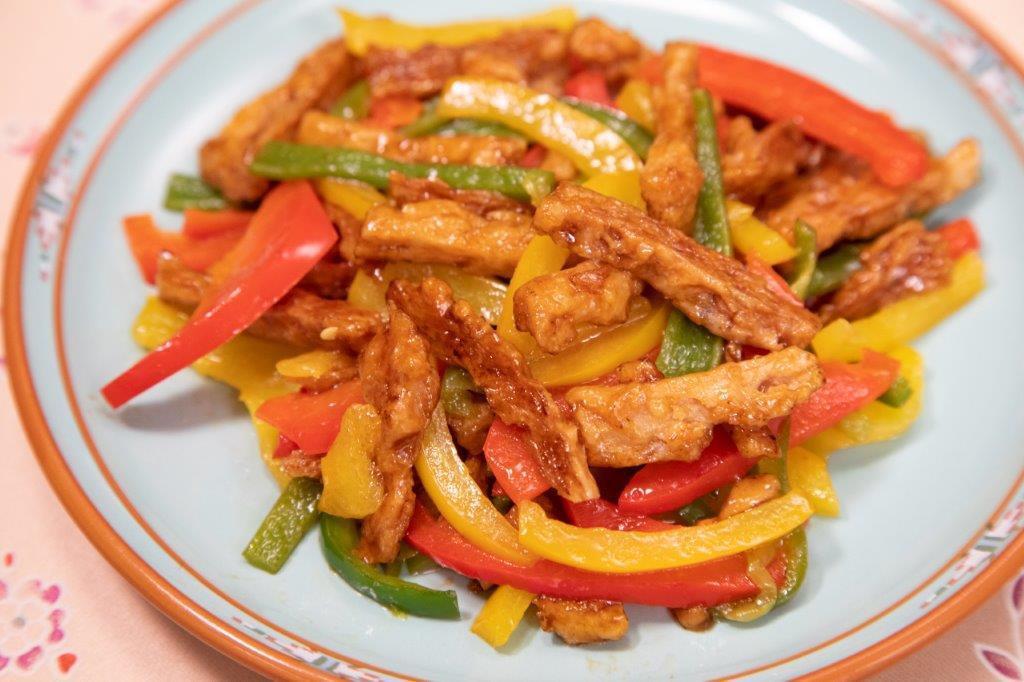 【レシピ】スプレミートと三色ピーマンの炒め合わせ #大豆ミートレシピ #大豆ミートおすすめ