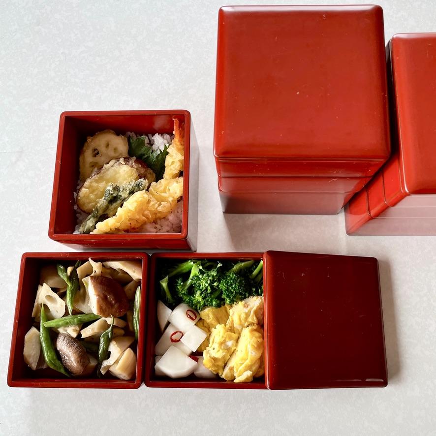 [古道具・器  ハナレ きりゅう] カワイイお弁当バコ