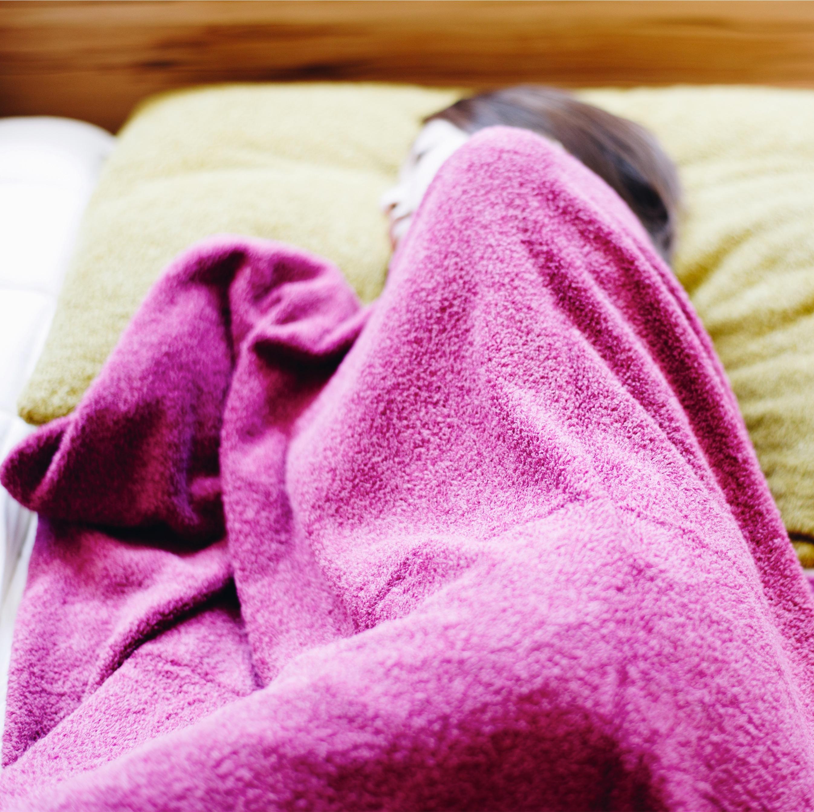 あなたの枕選びは間違っている!?首から肩にかけてフィットするU字型枕