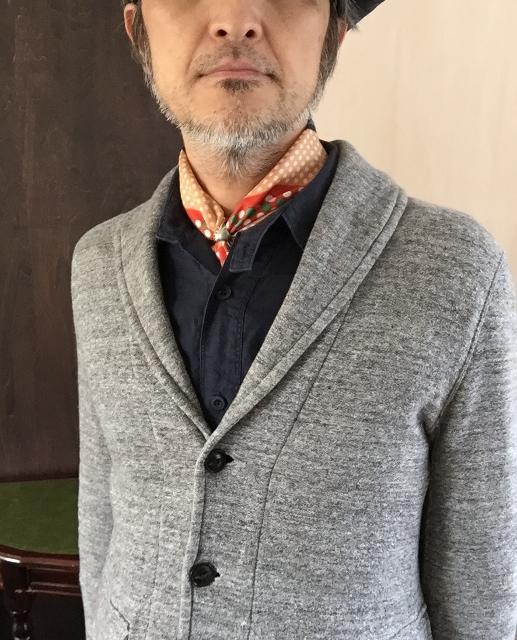 メンズスカーフ、巻く?