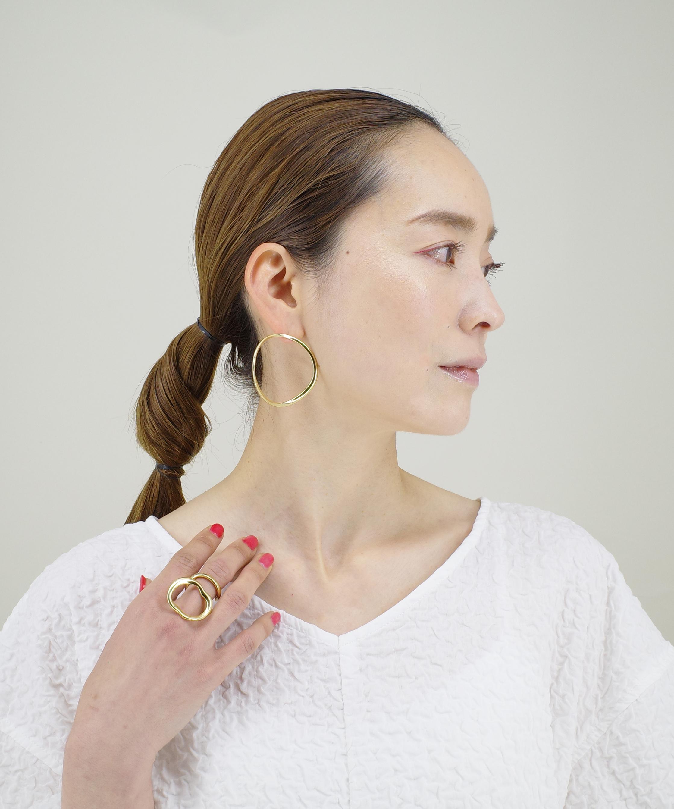 【JOURNAL】〈blanc iris〉⑤顔まわりを華やかにしてくれるゴールドスタイリング