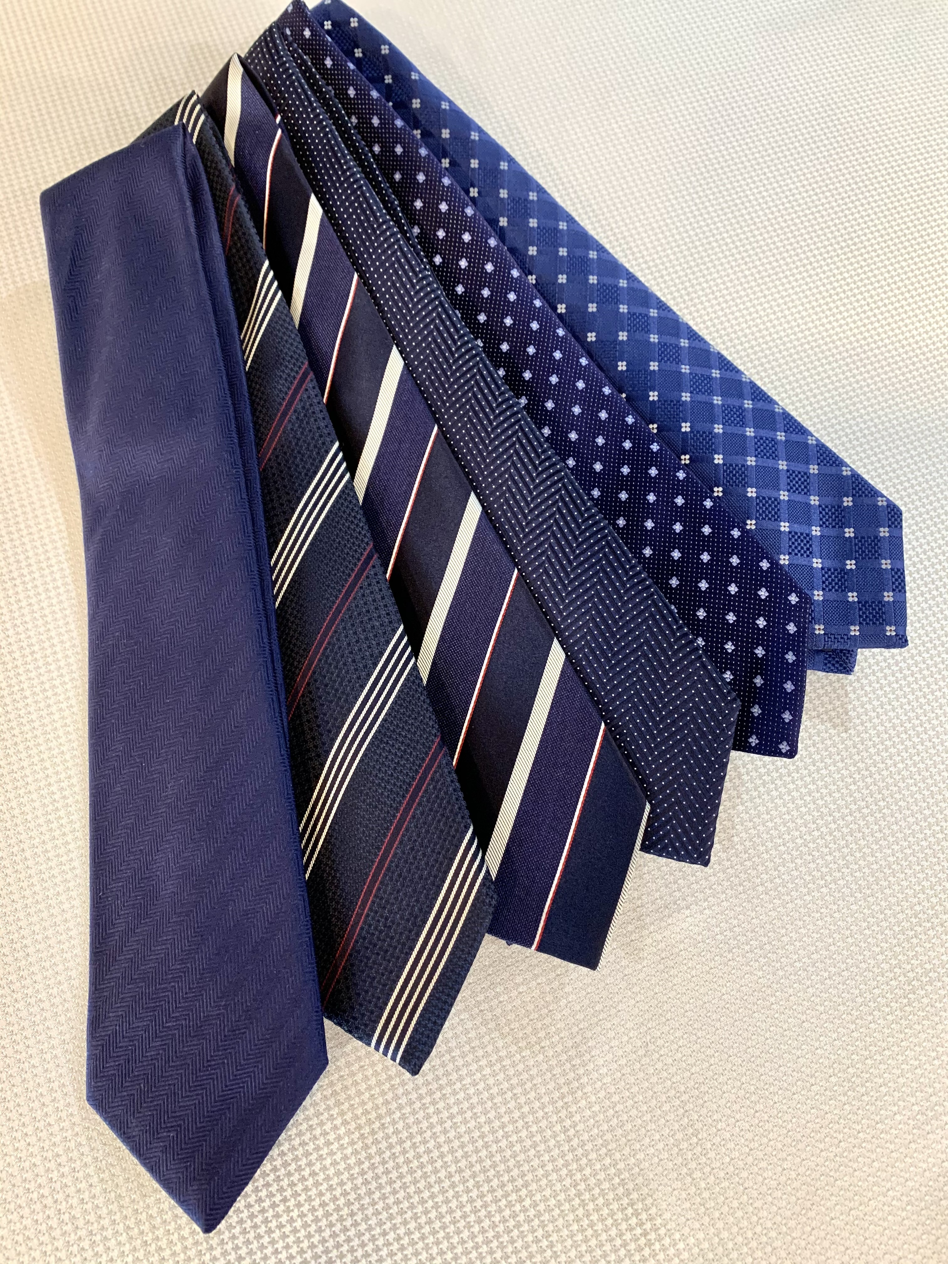 ネクタイ柄別!特徴とおすすめポイント