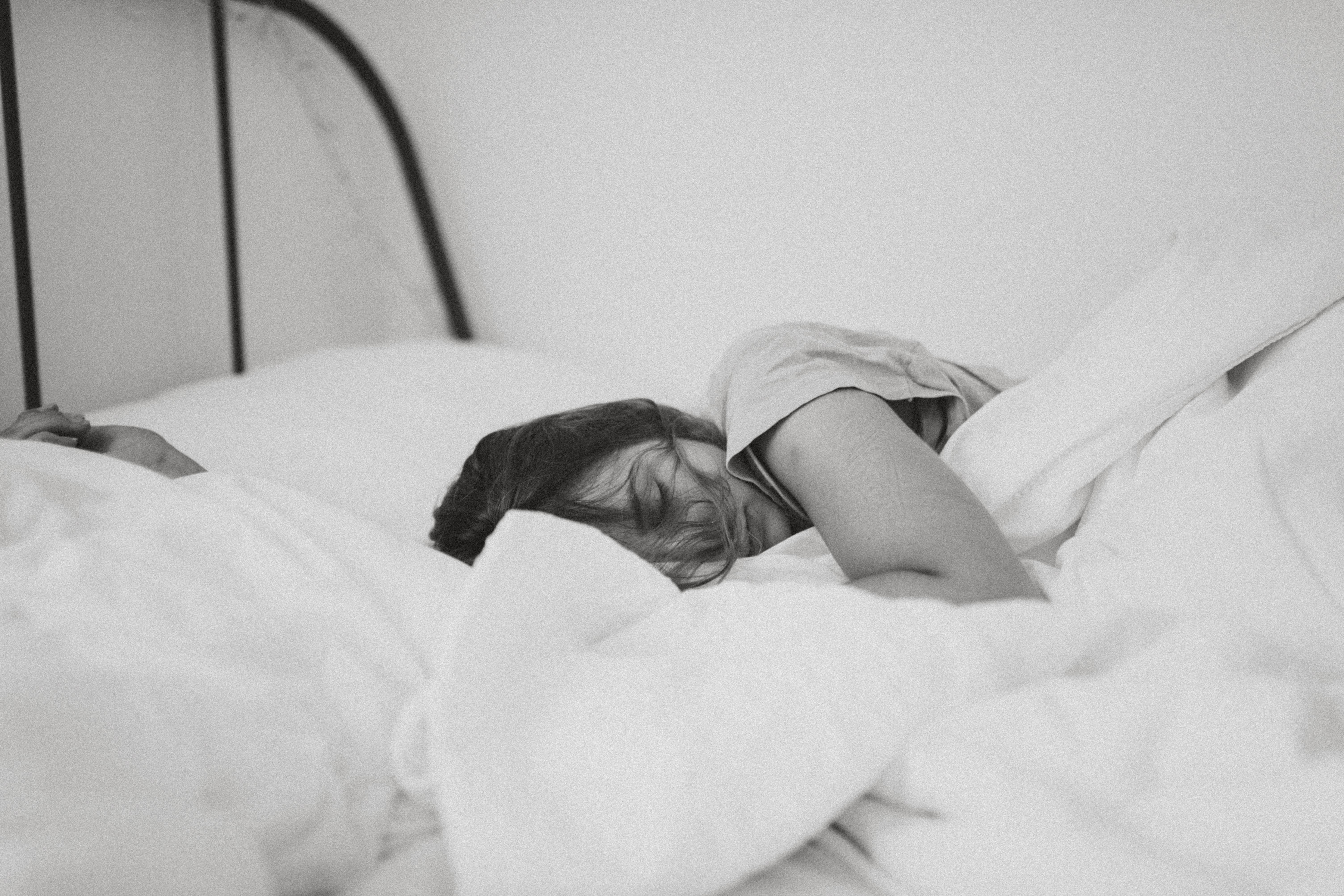 睡眠不足は病気を招く⁉︎睡眠不足の原因と有効な解消法をご紹介