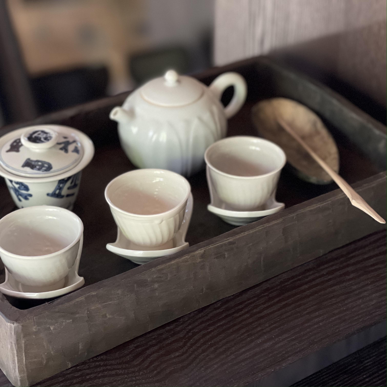 中国茶器展  最終日を迎えました。