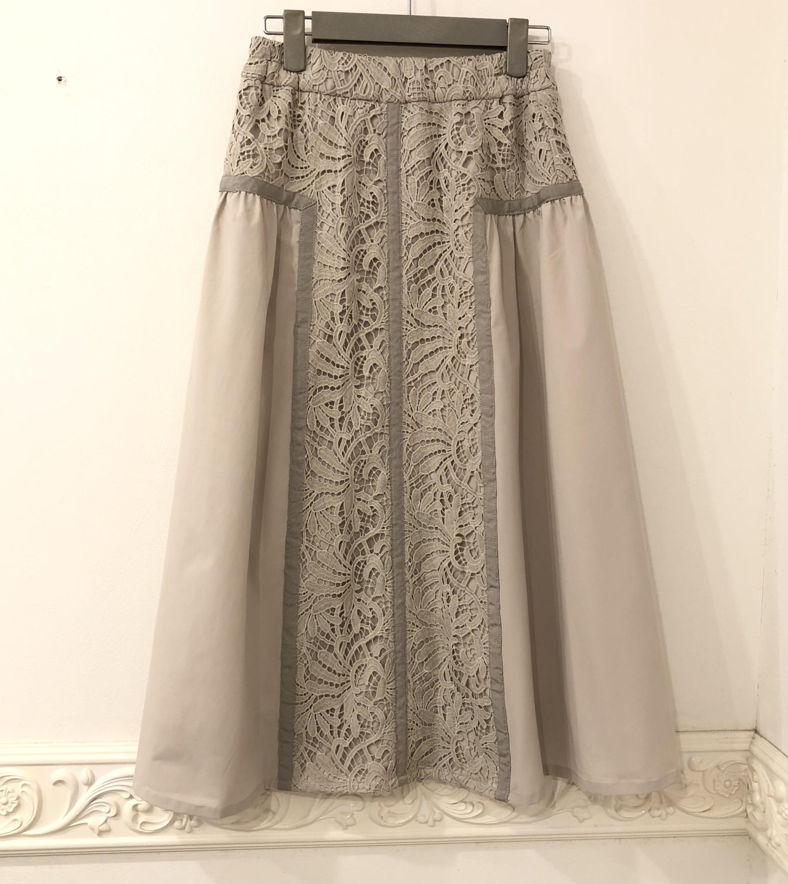 ヴェロフォンナの秋の新作スカート ♡