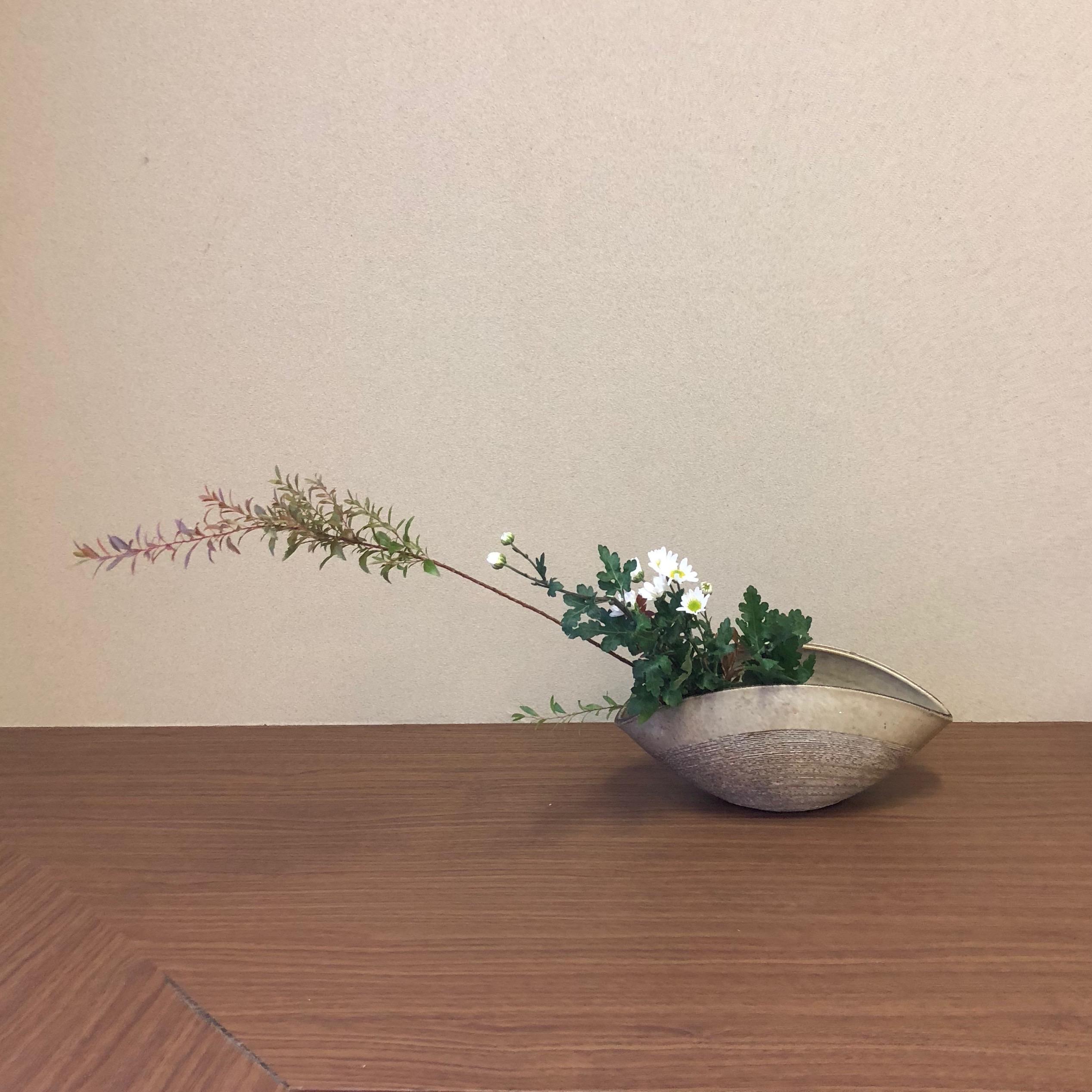 【活動紹介】生け花教室に通い始めました!